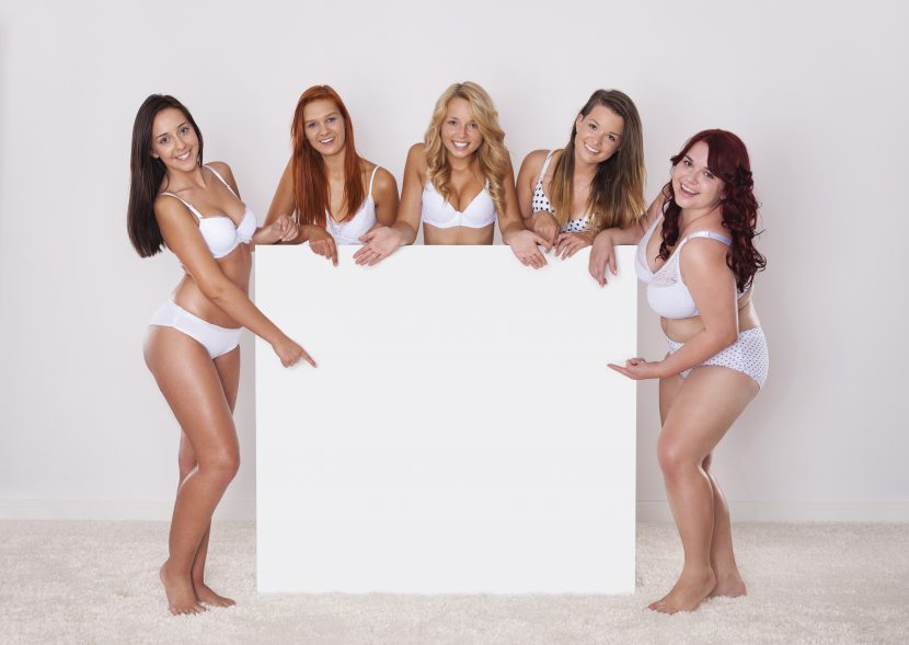 אורגיה לוהטת עם נערות ליווי בדירה דיסקרטית